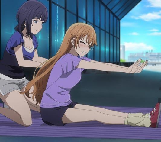 Asaka Karin 朝香果林 helping Konoe Kanata 近江彼方 bend forward by pushing her back.