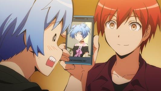 Shiota Nagisa 潮田渚, being blackmailed by Akabane Karma 赤羽業 with a picture of him crossdressing.